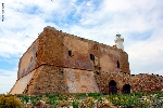 http://www.ragusanews.com//immagini_articoli/03-06-2015/apre-al-pubblico-la-fortezza-spagnola-di-capo-passero-100.jpg