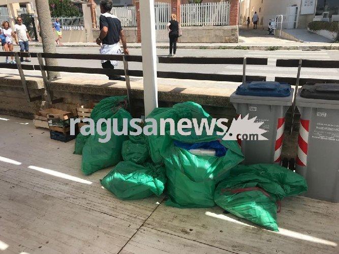 https://www.ragusanews.com//immagini_articoli/03-06-2018/flop-differenziata-marina-ragusa-500.jpg