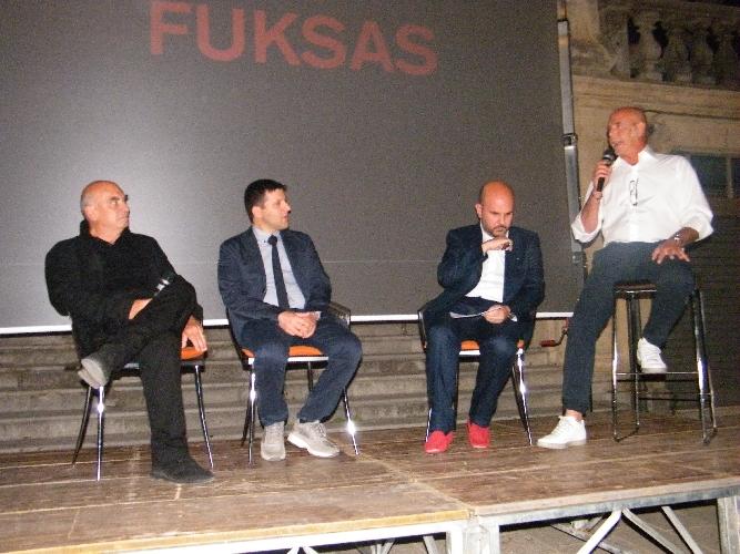 https://www.ragusanews.com//immagini_articoli/03-07-2014/fuksas-crea-dibattito-a-ragusa-500.jpg