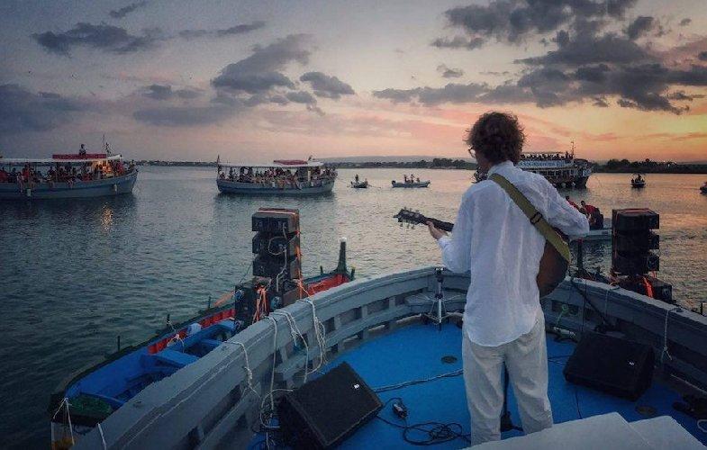 https://www.ragusanews.com//immagini_articoli/03-07-2018/ortigia-sound-system-festival-500.jpg