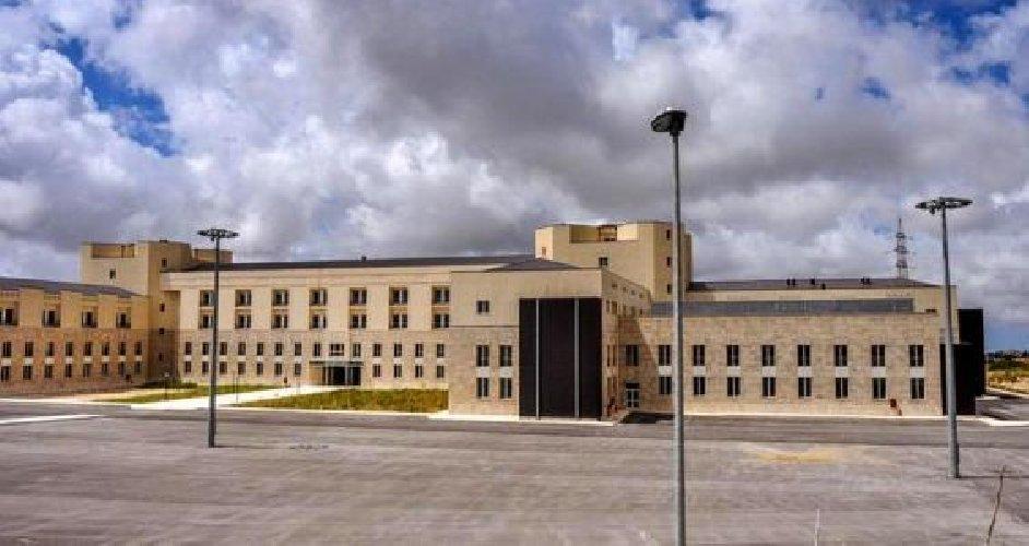 https://www.ragusanews.com//immagini_articoli/03-07-2018/ospedale-ragusa-settembre-500.jpg
