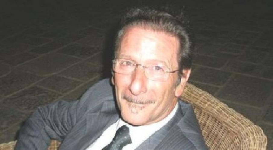 https://www.ragusanews.com//immagini_articoli/03-08-2014/chi-l-ha-visto-l-ex-sindaco-raffaele-rizzone-500.jpg