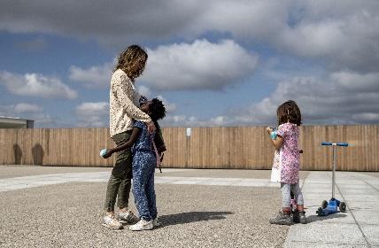https://www.ragusanews.com//immagini_articoli/03-08-2021/assegno-temporaneo-per-i-figli-fino-a-dicembre-senza-perdere-gli-arretrati-280.jpg