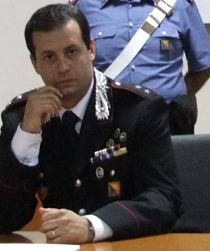 http://www.ragusanews.com//immagini_articoli/03-09-2014/il-tenente-muscatello-lascia-la-compagnia-di-modica-500.jpg
