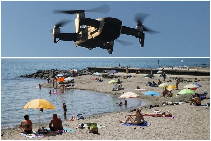 https://www.ragusanews.com//immagini_articoli/03-09-2021/covid-un-drone-controllera-la-temperatura-dei-bagnanti-280.jpg