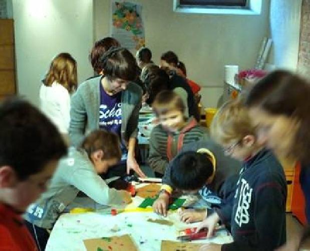https://www.ragusanews.com//immagini_articoli/03-10-2013/dimezzati-i-fondi-per-il-servizio-socio-psico-pedagogico-500.jpg