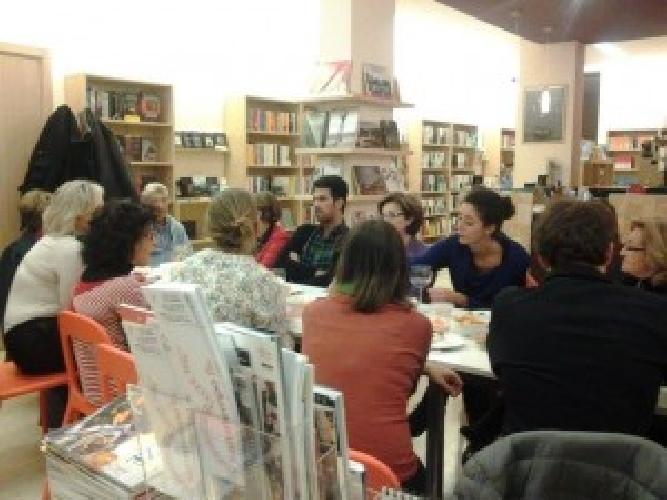 http://www.ragusanews.com//immagini_articoli/03-10-2014/ragusa-chiude-la-libreria-saltatempo-500.jpg