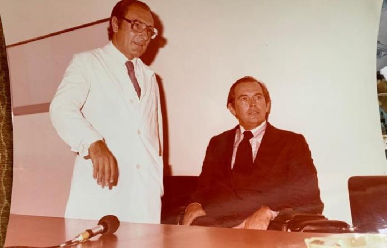 https://www.ragusanews.com//immagini_articoli/03-10-2020/sicilia-morto-il-cardiochirurgo-che-opero-pertini-e-madre-teresa-500.jpg