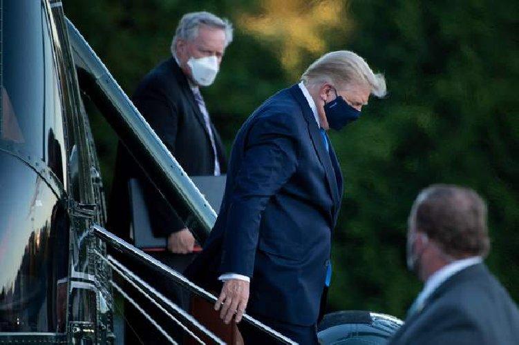 https://www.ragusanews.com//immagini_articoli/03-10-2020/trump-ricoverato-nell-ospedale-militare-ha-la-febbre-500.jpg