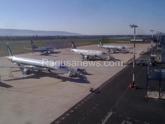 http://www.ragusanews.com//immagini_articoli/03-11-2016/aeroporto-di-comiso-la-cenerentola-di-catania-420.jpg