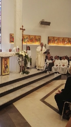 https://www.ragusanews.com//immagini_articoli/03-11-2016/don-roberto-asta-vicario-generale-diocesi-ragusa-420.jpg