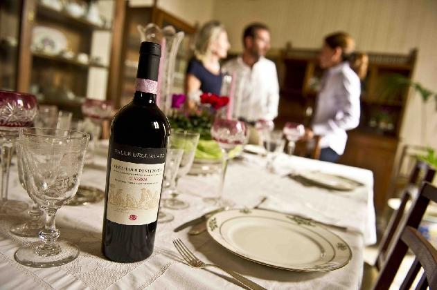 http://www.ragusanews.com//immagini_articoli/03-11-2016/i-vini-valle-dell-acate-al-merano-wine-festival-420.jpg