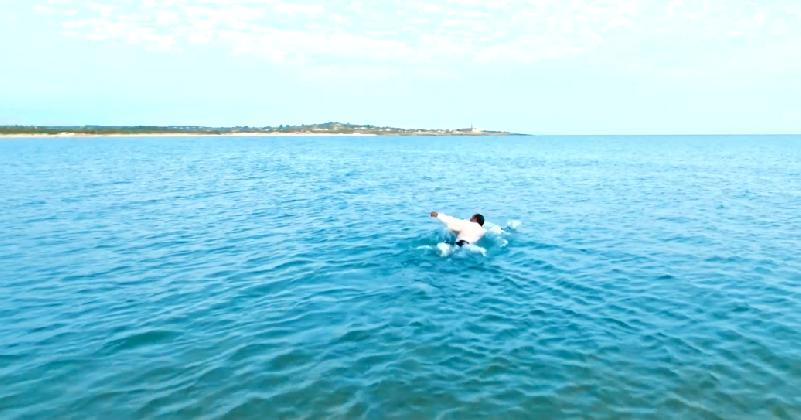 http://www.ragusanews.com//immagini_articoli/03-11-2016/repubblica-rilancia-lo-spot-scicli-isola-in-un-mare-di-luce-video-420.png