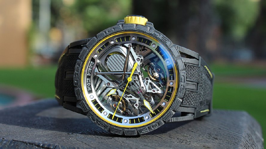 https://www.ragusanews.com//immagini_articoli/03-11-2018/1541270530-costa-quanto-lamborghini-excalibur-aventador-1-500.jpg