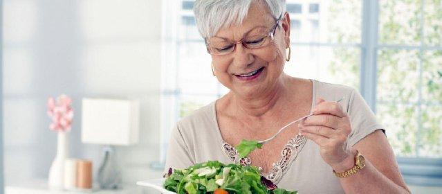 https://www.ragusanews.com//immagini_articoli/03-12-2020/dieta-mediterranea-la-scoperta-allunga-la-vita-di-9-anni-280.jpg