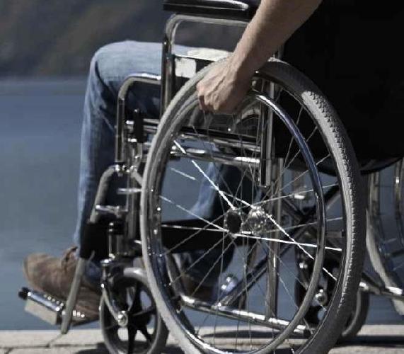 https://www.ragusanews.com//immagini_articoli/04-01-2016/ex-provincia-verso-dissesto-sospesi-servizi-a-disabili-500.jpg