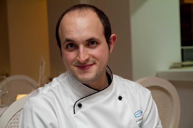 http://www.ragusanews.com//immagini_articoli/04-01-2017/gambero-rosso-segnala-chef-sciclitano-bartolo-arrabito-420.jpg