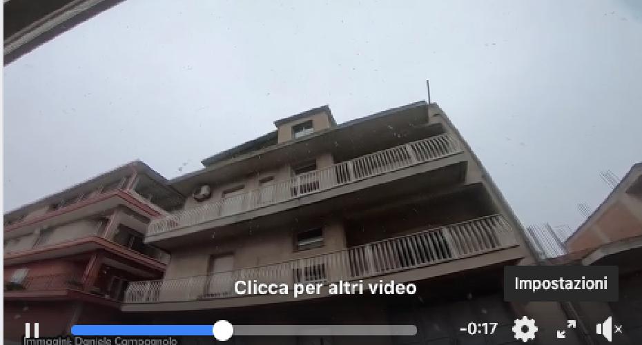 https://www.ragusanews.com//immagini_articoli/04-01-2019/nevica-anche-acate-befana-sole-sicilia-lunedi-freddo-500.png