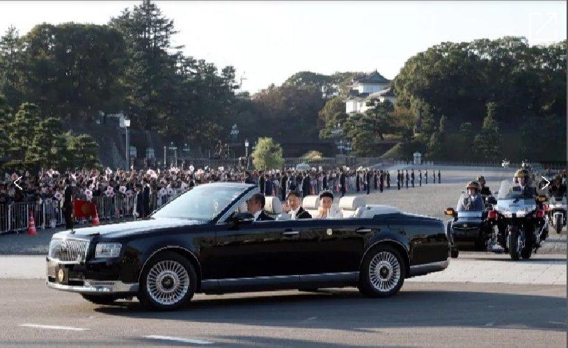 https://www.ragusanews.com//immagini_articoli/04-01-2020/1578170901-sono-io-la-macchina-imperatore-giappone-1-500.jpg