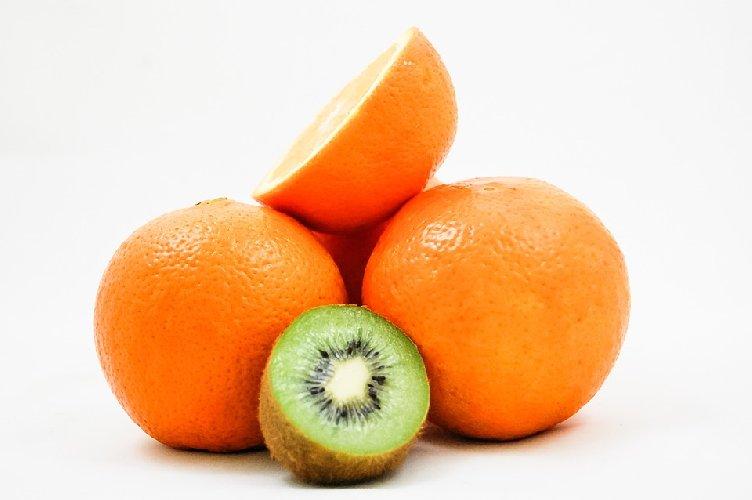 https://www.ragusanews.com//immagini_articoli/04-01-2020/dieta-dopo-le-feste-il-segreto-e-in-kiwi-e-arance-500.jpg