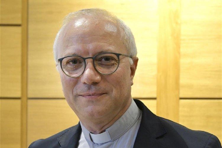 https://www.ragusanews.com//immagini_articoli/04-01-2020/un-catanese-vescovo-a-cagliari-500.jpg