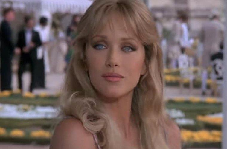 Tanya Roberts è morta: addio alla Bond girl di 007 - Bersaglio mobile