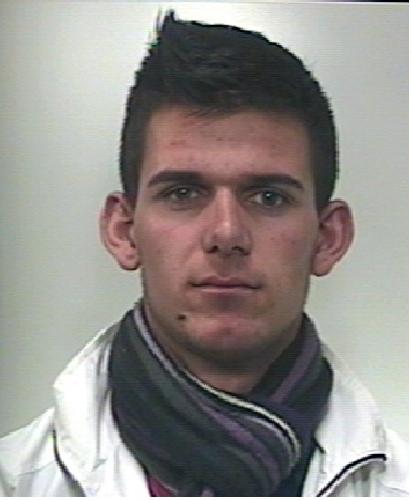 https://www.ragusanews.com//immagini_articoli/04-02-2014/vanno-ai-domiciliari-gli-albanesi-arrestati-due-volte-in-due-giorni-500.jpg