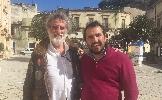 http://www.ragusanews.com//immagini_articoli/04-03-2015/un-nuovo-film-tra-modica-e-scicli-per-la-regia-di-renzo-martinelli-100.jpg