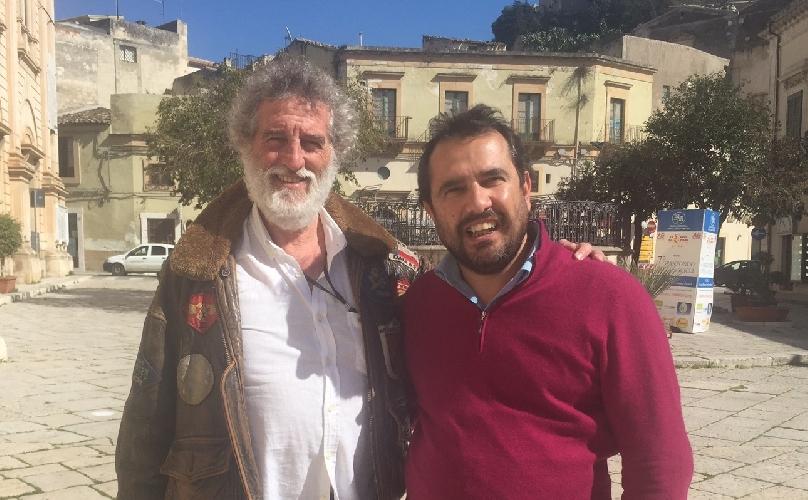 http://www.ragusanews.com//immagini_articoli/04-03-2015/un-nuovo-film-tra-modica-e-scicli-per-la-regia-di-renzo-martinelli-500.jpg