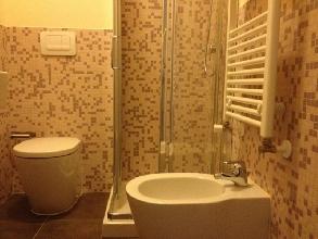 https://www.ragusanews.com//immagini_articoli/04-04-2017/1491300773-palazzetto-arco-castro-ospitalita-centro-storico-scicli-video-4-220.jpg
