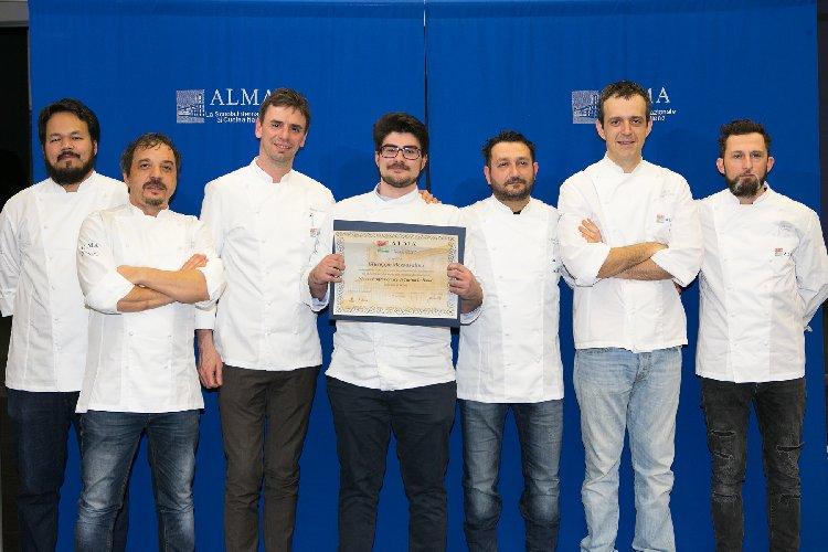 https://www.ragusanews.com//immagini_articoli/04-04-2018/giovani-chef-ragusani-sono-diplomati-scuola-alma-500.jpg