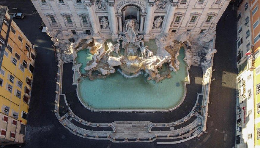 https://www.ragusanews.com//immagini_articoli/04-04-2020/1586002642-quanto-sei-bella-roma-quando-sei-deserta-1-500.jpg