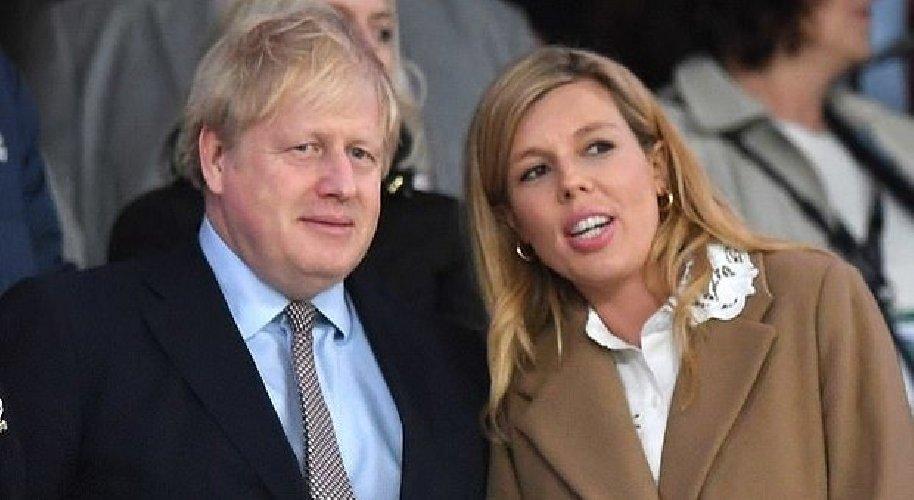 Coronavirus, il premier Boris Johnson in ospedale
