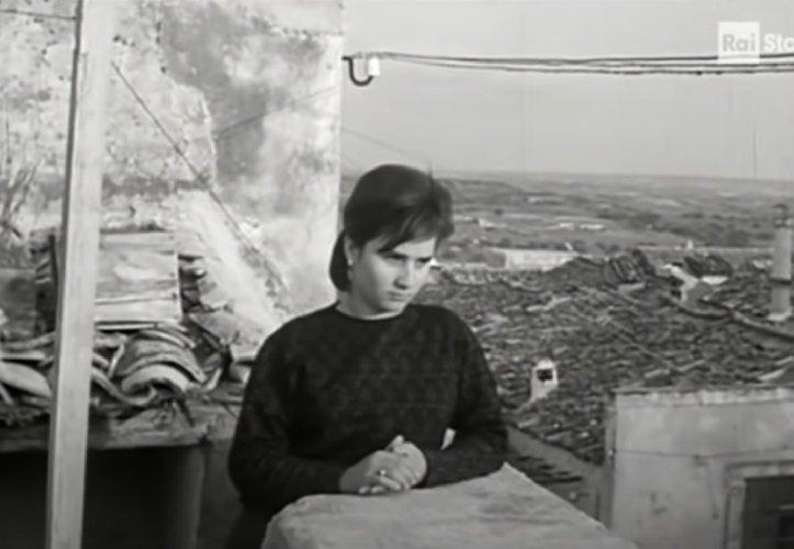 https://www.ragusanews.com//immagini_articoli/04-04-2021/il-documentario-rai-sulle-spose-bambine-a-ispica-correva-il-1965-500.jpg