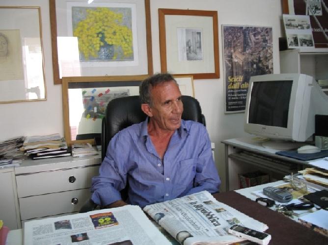 https://www.ragusanews.com//immagini_articoli/04-05-2011/querelato-da-verdirame-assolto-franco-causarano-500.jpg