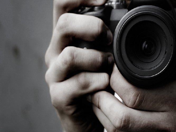 https://www.ragusanews.com//immagini_articoli/04-05-2018/ragusa-together-appuntamento-arte-fotografia-500.jpg