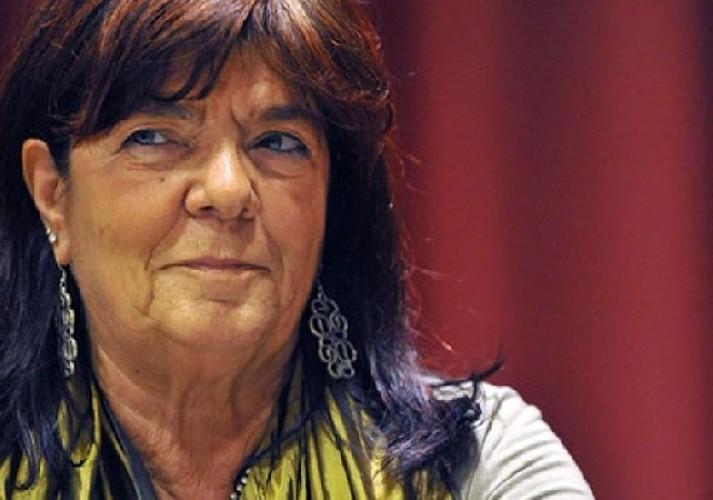 https://www.ragusanews.com//immagini_articoli/04-05-2020/maria-attanasio-lo-splendore-del-niente-500.jpg