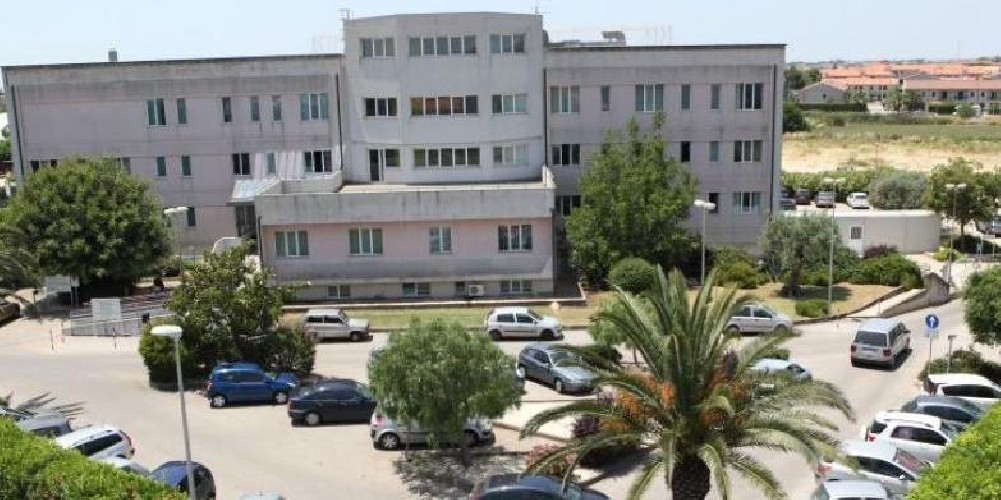 https://www.ragusanews.com//immagini_articoli/04-05-2020/tutti-negativi-i-tamponi-alla-clinica-del-mediterraneo-500.jpg
