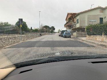 https://www.ragusanews.com//immagini_articoli/04-05-2021/i-dossi-artificiali-sulle-strade-di-modica-alcune-domande-280.jpg