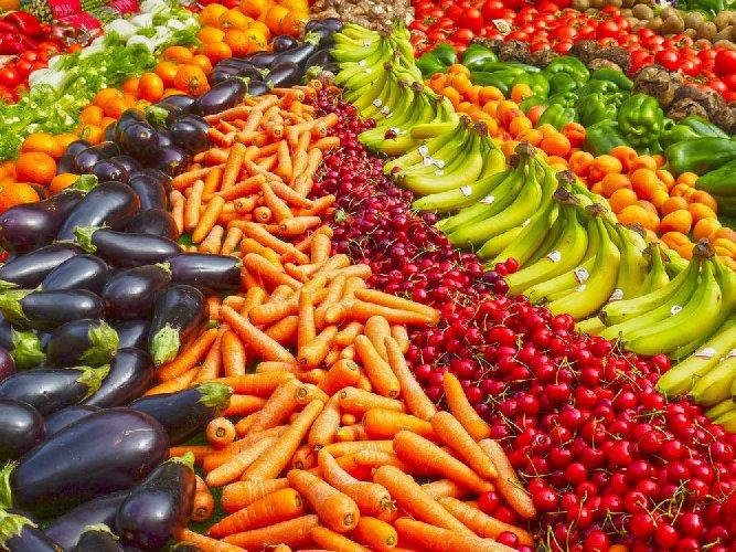 https://www.ragusanews.com//immagini_articoli/04-06-2018/alimentazione-cutanea-nutrimenti-pelle-sana-500.jpg