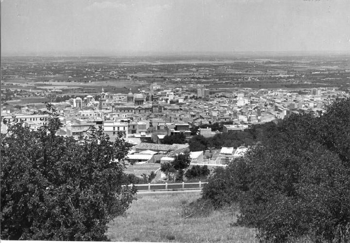 https://www.ragusanews.com//immagini_articoli/04-06-2021/1622803078-ragusa-100-anni-fa-online-le-foto-dell-archivio-storico-enit-4-500.jpg