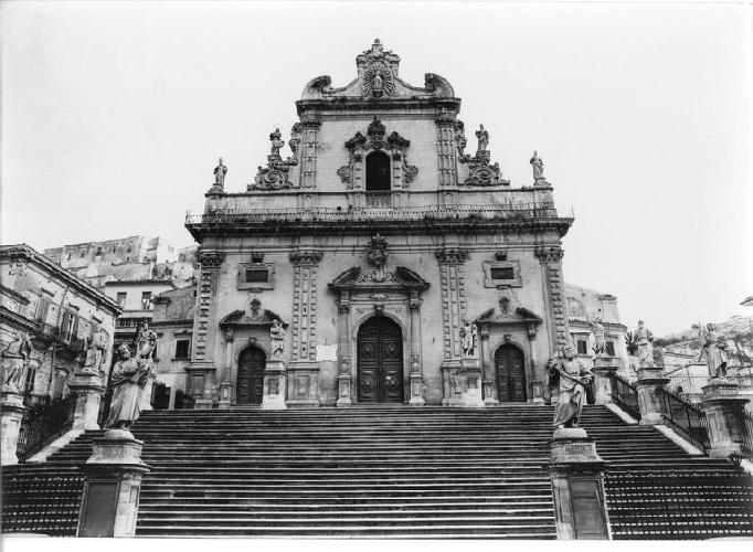 https://www.ragusanews.com//immagini_articoli/04-06-2021/1622803079-ragusa-100-anni-fa-online-le-foto-dell-archivio-storico-enit-5-500.jpg