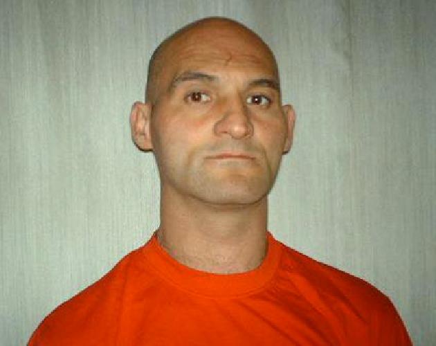 https://www.ragusanews.com//immagini_articoli/04-07-2012/uxoricidio-massimo-la-terra-va-a-giudizio-500.jpg