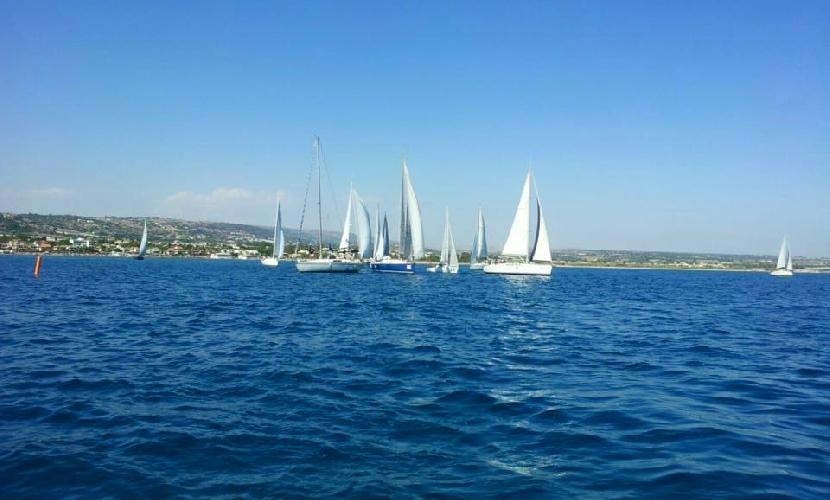 http://www.ragusanews.com//immagini_articoli/04-07-2016/trofeo-boroli-vince-imbarcazione-maltese-500.jpg