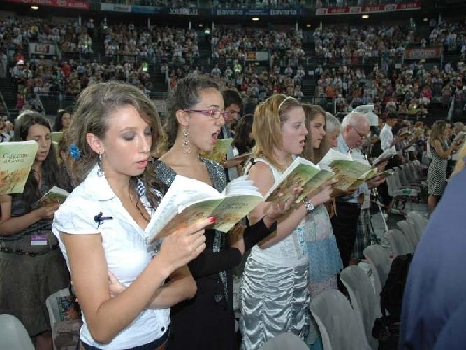 https://www.ragusanews.com//immagini_articoli/04-07-2017/congresso-testimoni-geova-500.jpg