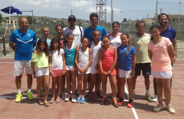 http://www.ragusanews.com//immagini_articoli/04-07-2017/tennis-scicli-final-four-500.jpg