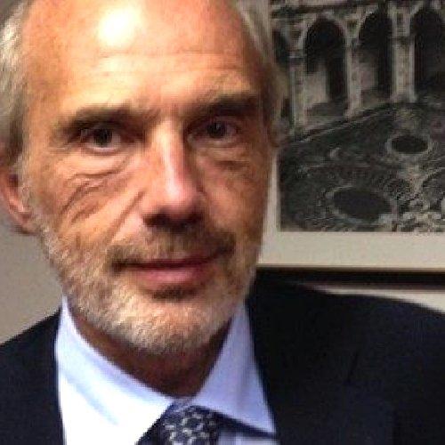 https://www.ragusanews.com//immagini_articoli/04-07-2019/interrogato-l-ex-rettore-basile-io-innocente-500.jpg