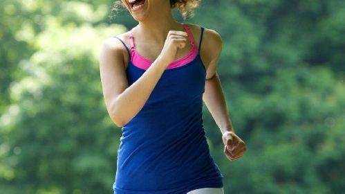 https://www.ragusanews.com//immagini_articoli/04-07-2021/i-benefici-della-camminata-veloce-cos-e-e-tecnica-280.jpg