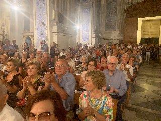 https://www.ragusanews.com//immagini_articoli/04-08-2019/1564955395-scicli-onora-la-memoria-maestro-claudio-scimone-2-240.jpg