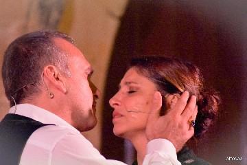 https://www.ragusanews.com//immagini_articoli/04-08-2020/sicilia-bedda-con-il-soprano-marianna-cappellani-a-modica-240.jpg